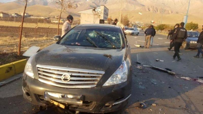 محسن فخریزاده روز جمعه ۷ آذر ۱۳۹۹ در جاده آبسرد در حدود ۸۰ کیلومتری شرق تهران ترور شد