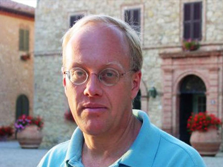 Chris-Hedges-Author-Bio-Headshot